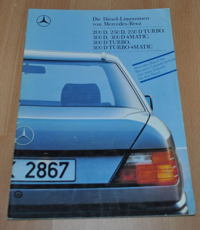 Mercedes benz w124 200 250 300 d turbo 4matic brochure for Mercedes benz pay bill